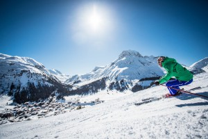 Skiing in Lech Zürs